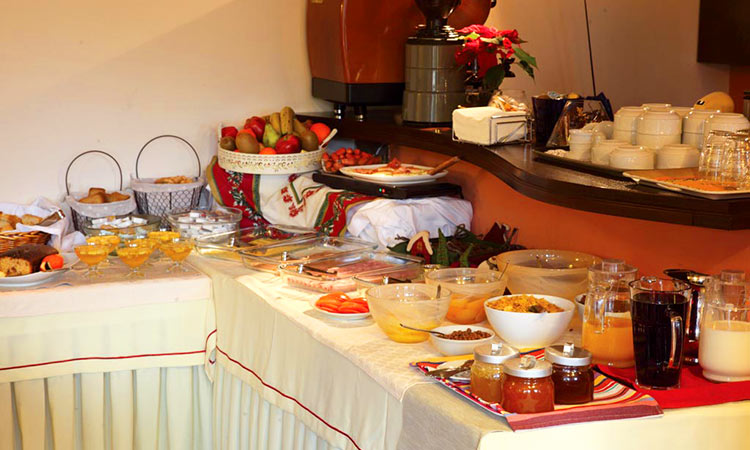 breakfast - Πρωινό ξενοδοχείου Finday Hotel Kalavrita