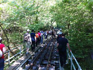 hiking-odontodos-bridge